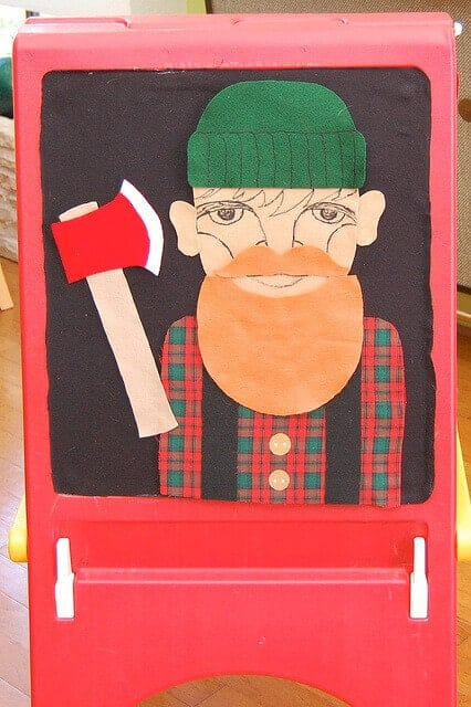 lumberjack-party-photo-booth-ideas
