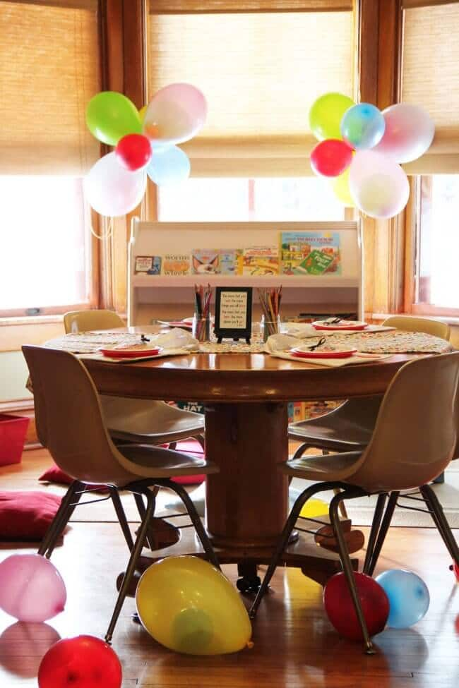 bookworm birthday party table ideas