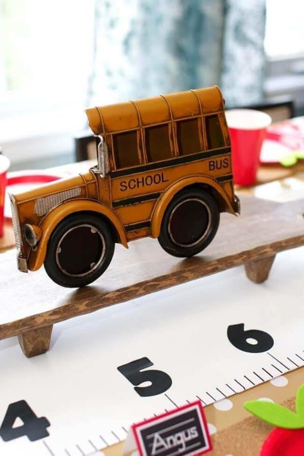 Back to school Party paper ruler runner