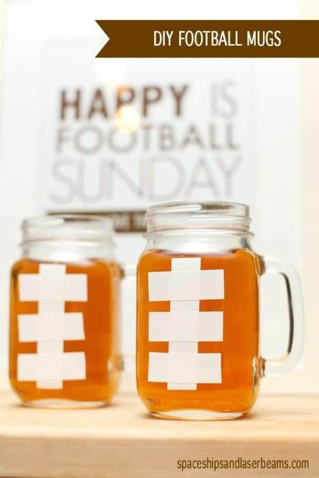 Quick and easy football-themed drink-decor from Spaceships and Laser beams!