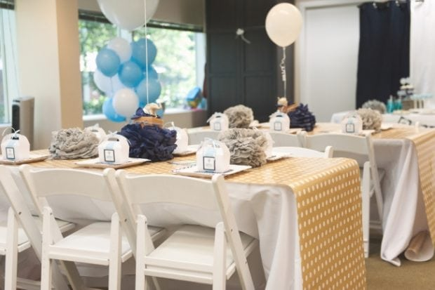 boys-hot-air-balloon-baby-shower-setup