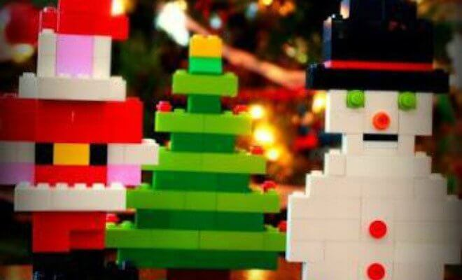 feature-lego-christmas-ornaments