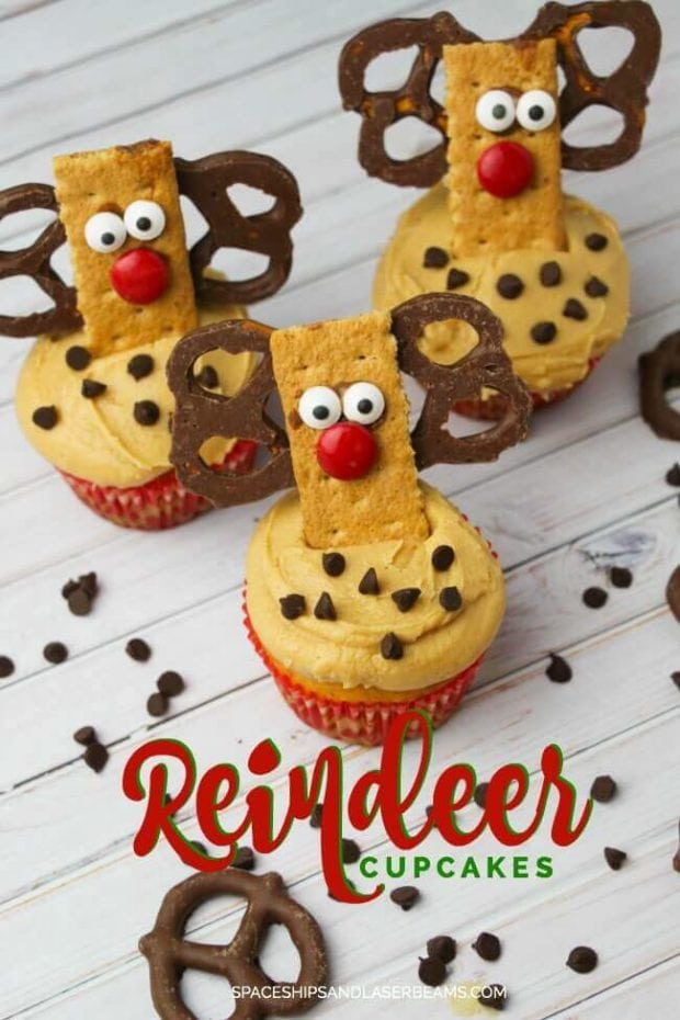Adorable Reindeer Cupcakes made with Graham Crackers and Pretzels