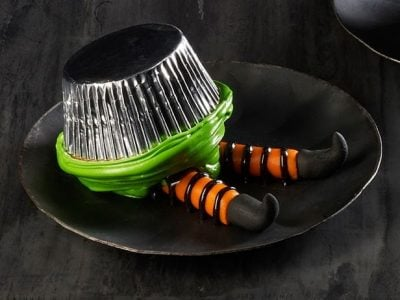 4-Wicked-Witch-Halloween-Cupcakes