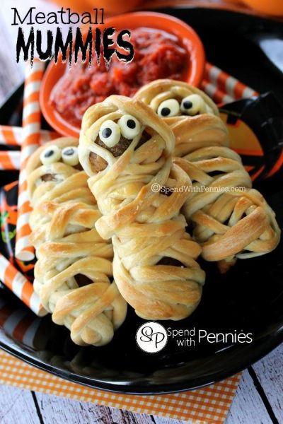 Halloween Party Food - Mummy Meatballs