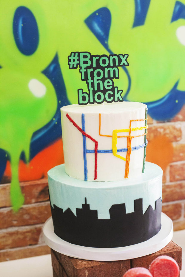 Boys New York Party Cake Idea