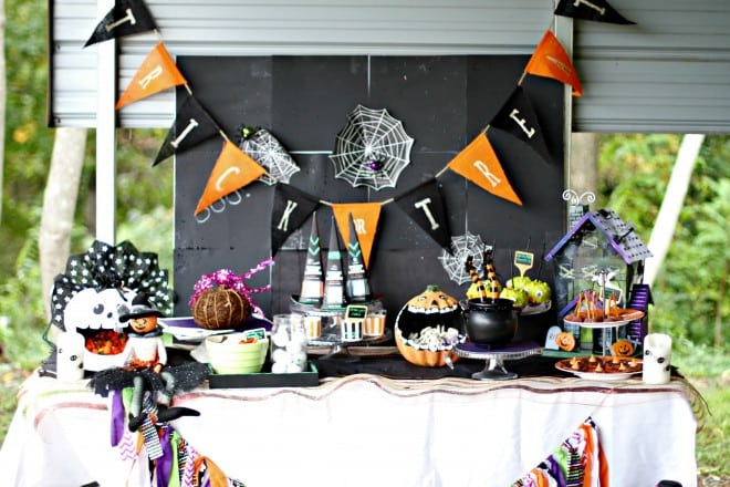 Halloween Party Food Table