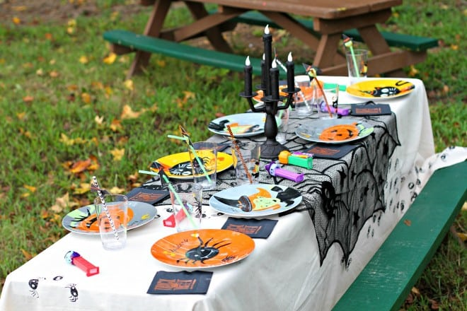 Halloween Party Table Decor Ideas