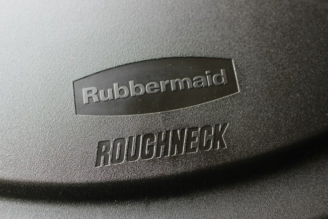 Rubbermaid Roughneck Trash Can