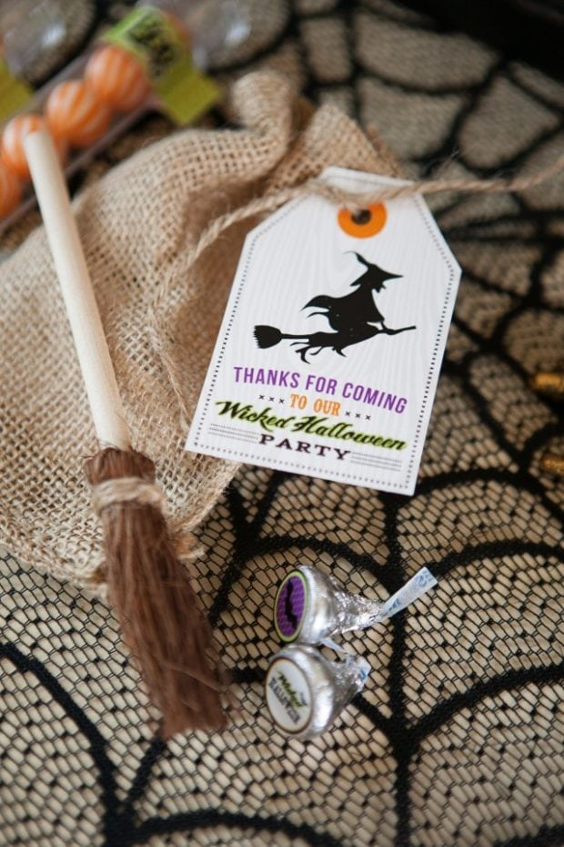 A wickedly sweet witch inspired halloween party for Halloween party favor ideas