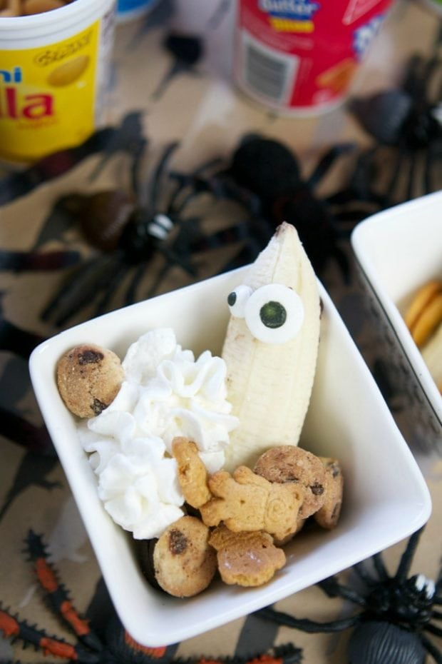 Halloween Themed Banana Split Party Food Bar