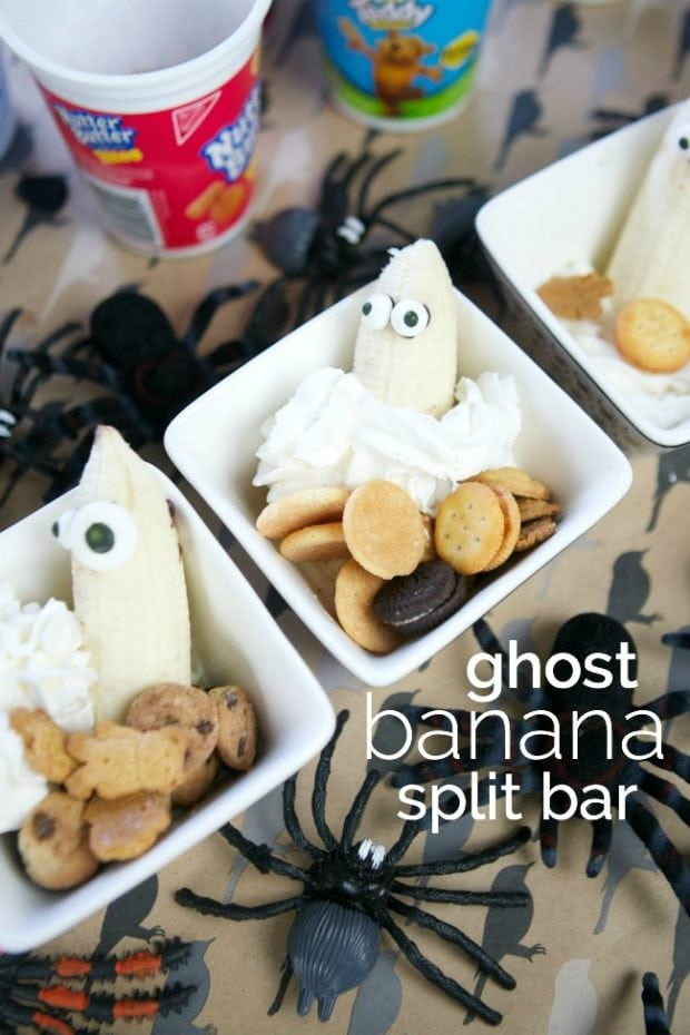 Halloween Party Food Ideas: Ghost Banana Split Bar