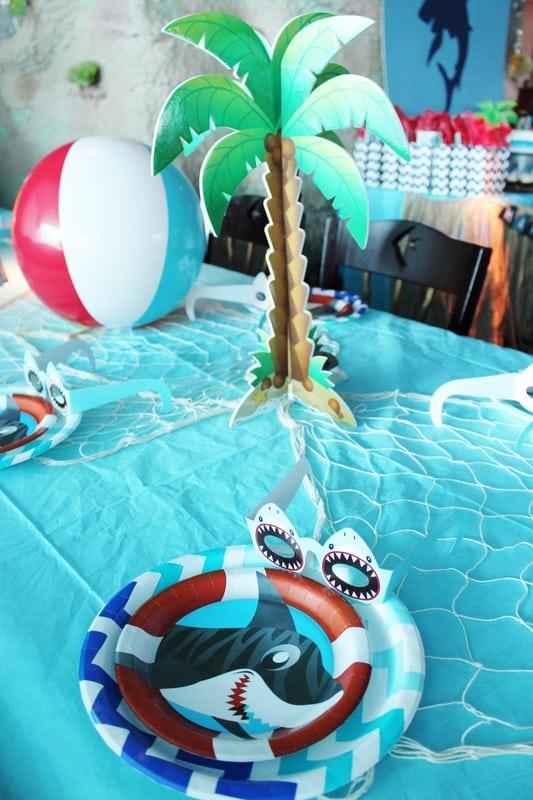Boys Shark Birthday Party Table Setting Ideas