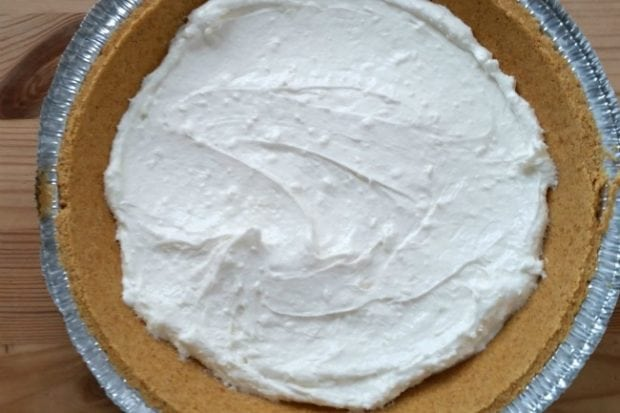 No Bake Pumpkin Pie Recipe for Thanksgiving or Christmas - Uses Cool Whip -- This one is delicious!