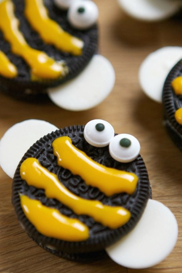 Oreo Bees Party Food Idea