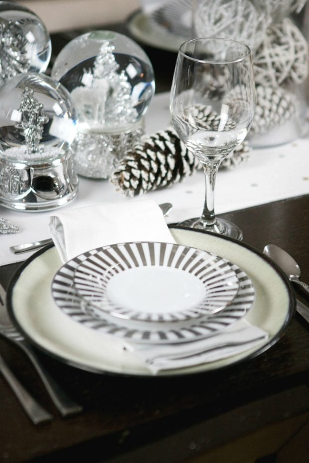 Table Setting Ideas for Holiday Parties