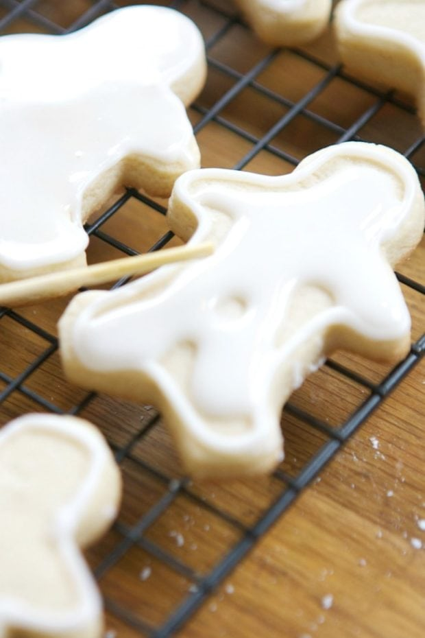 Snowman Gingerbread Cookies Recipe