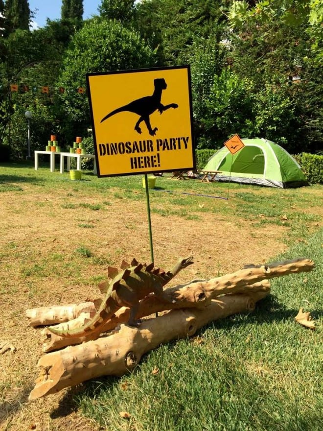 Boys Dinosaur Themed Birthday Party Welcome Sign Ideas