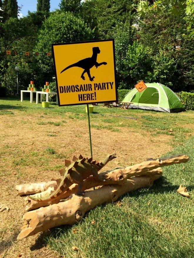 Boys Dinosaur Themed Birthday Party Welcome Sign Ideas