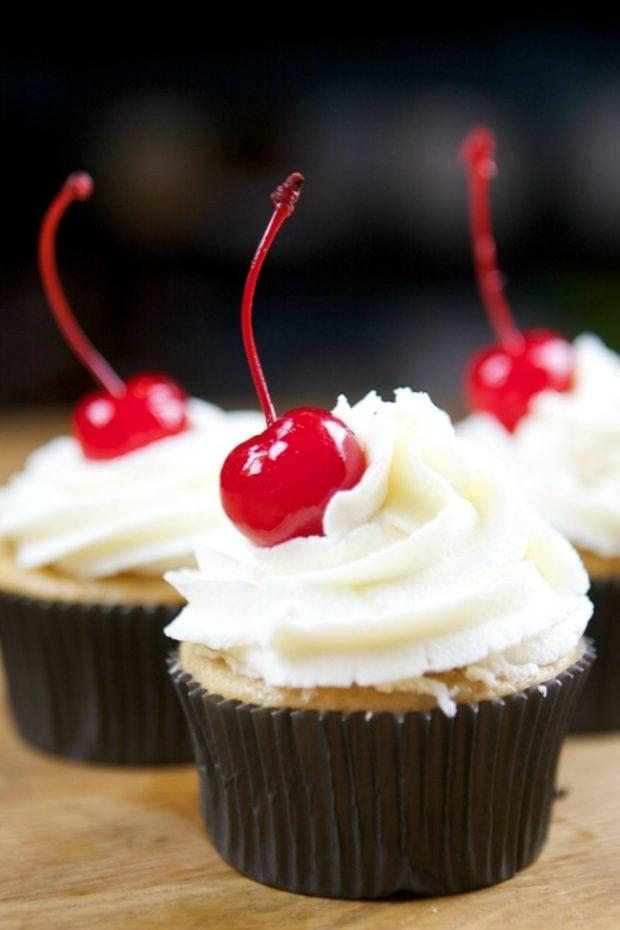 Easy Root Beer Cupcakes