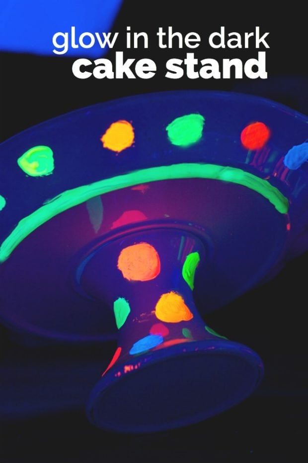 glow-in-the-dark-cake-stand