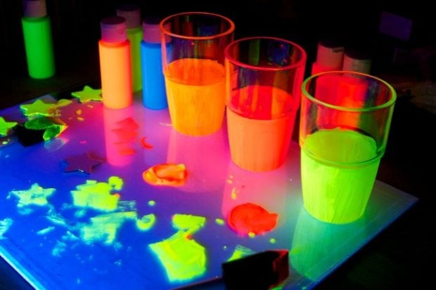 glow-in-the-dark-glasses