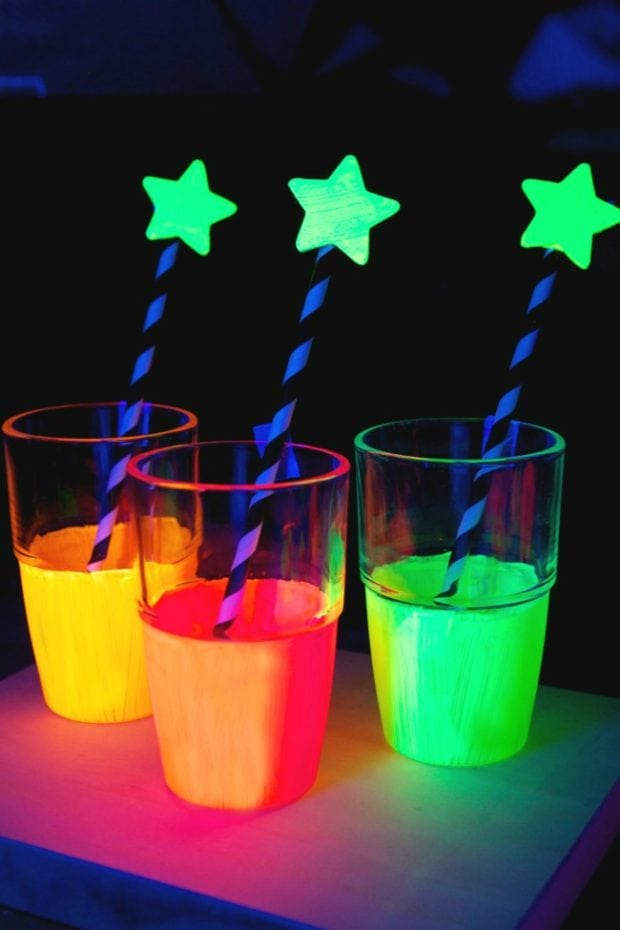 10 Super Awesome Glow In The Dark Party Ideas Spaceships And Laser