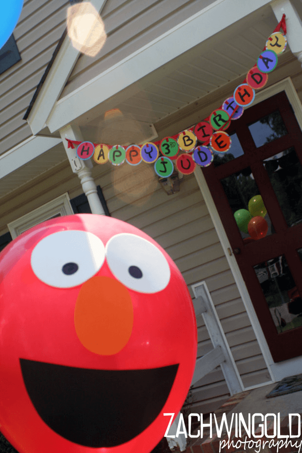 23 sensational sesame street party ideas spaceships and laser beams diy elmo balloons solutioingenieria Image collections