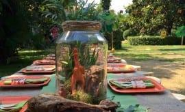 feature-Boys-Dinosaur-Themed-Birthday-Party-Table-Centerpiece-Ideas
