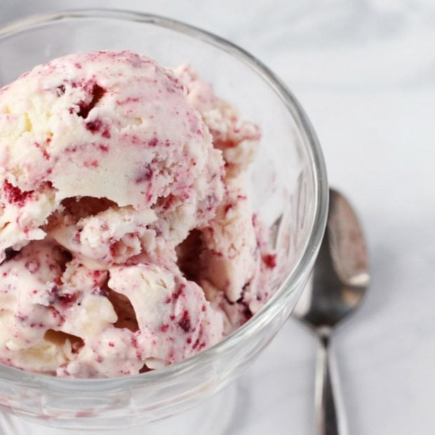 how to make red velvet ice cream (3)