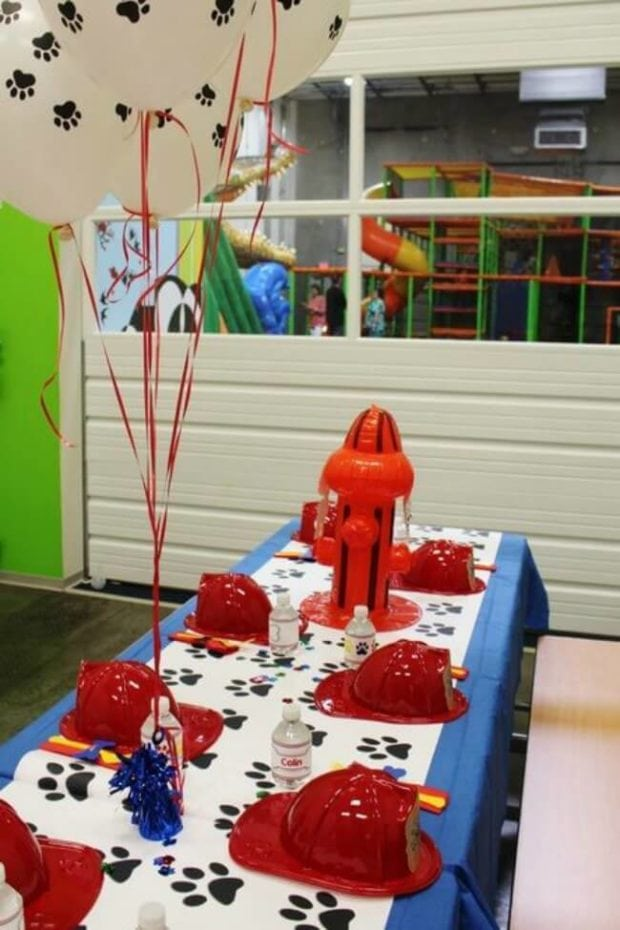 Paw Print Balloons & Runner for PAW Patrol parties