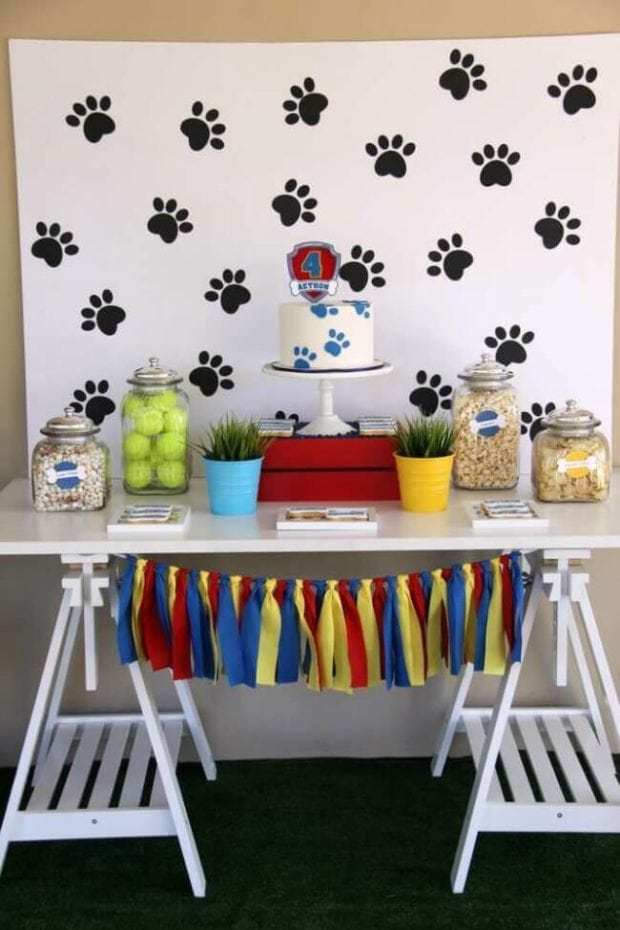Paw Print Refreshment Table Backdrop