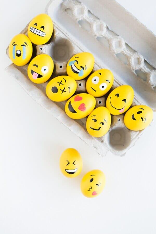 Trendy Egg Decorating Ideas Including These Emoji Themed Easter Eggs