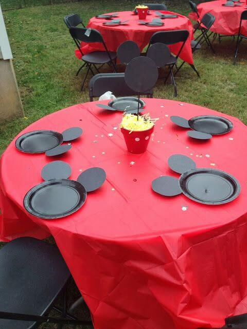 20 Mickey Mouse Plates