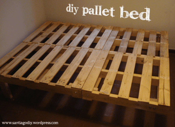23 awesome diy wood pallet ideas spaceships and laser beams for What to make out of those old wood pallets