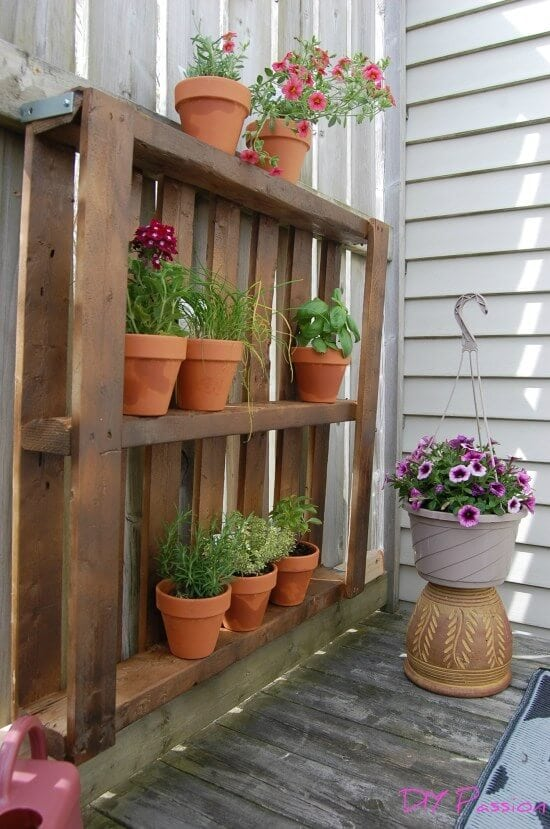 Do It Yourself Home Decorating Ideas: 23 Awesome DIY Wood Pallet Ideas