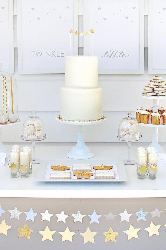 9 baby-shower-star-cake-idea