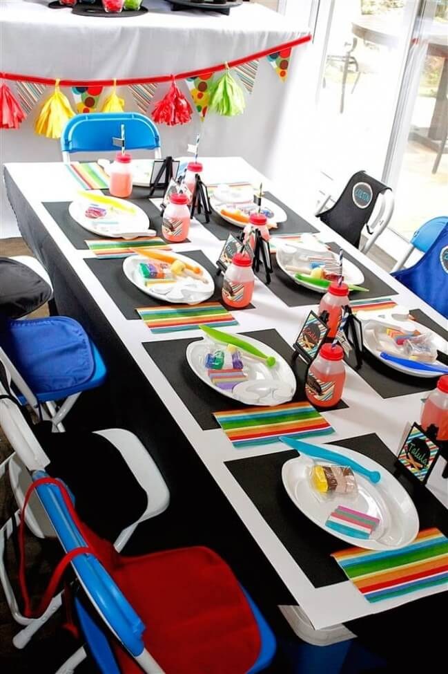 Boys Art Themed Party Table Setting