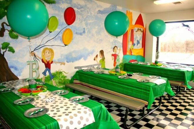 Boys Puppy Themed Birthday Party table setting ideas
