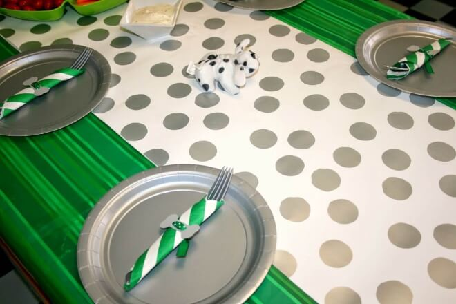 Boys Puppy Themed Party table setting