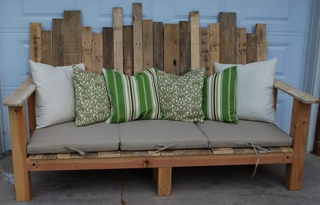 Make your own Pallet Bench