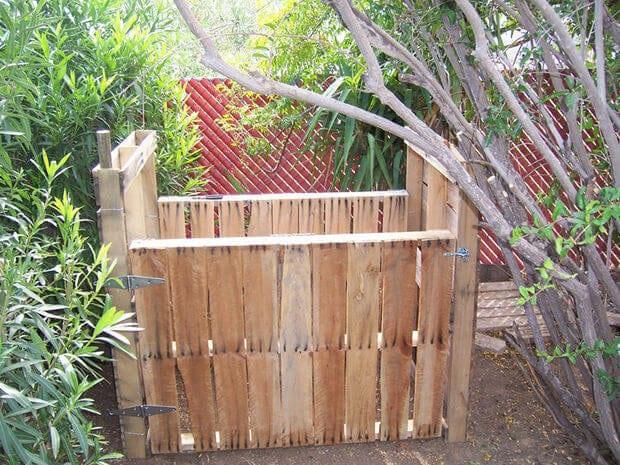 Make your own Pallet Compost Bin