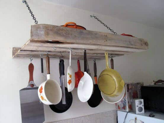 Make a Pallet Rack for the Kitchen