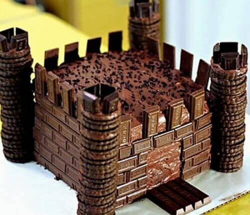 Easy Knights Castle Cake
