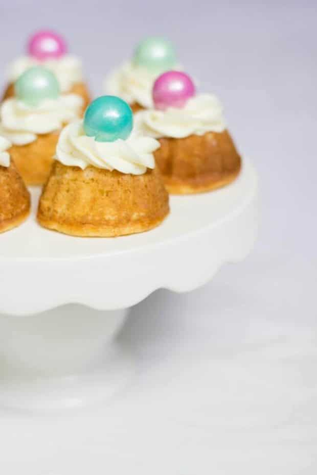 Bubble Gum Bundt Cakes
