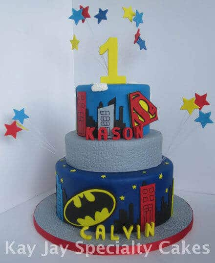 Batman Superman Cake