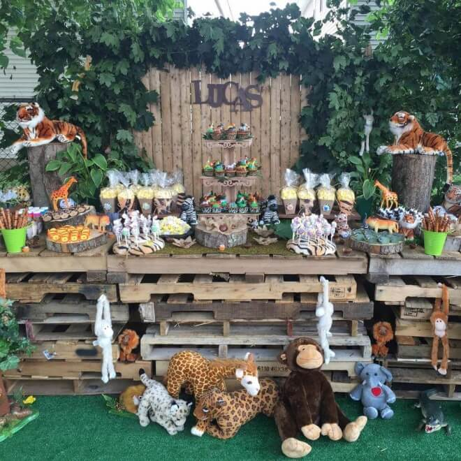 Boy's Safari Themed Birthday Party