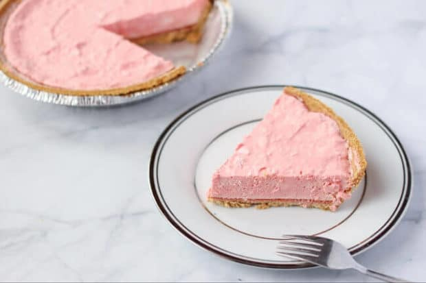 no-bake jello pie