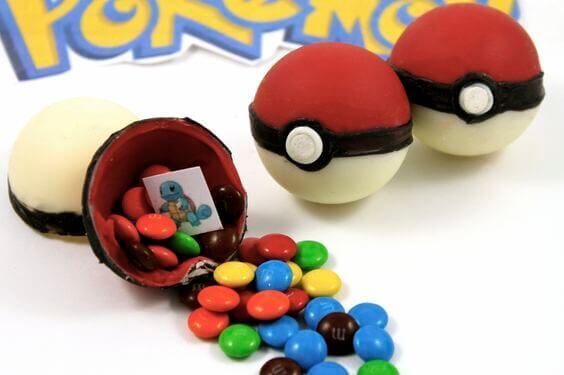 DIY Candy Pokemon Pokeballs