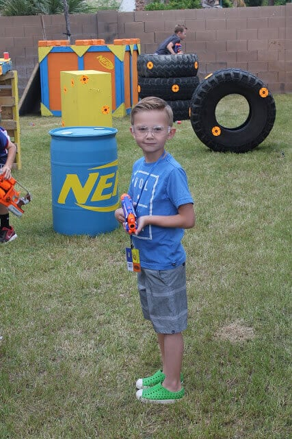 Nerf War: Over 25 Best Nerf Blasters Field Tested for Distance and  Accuracy! Plus, Nerf Gun Safety, Setting Up Nerf Wars, Nerf Mods and Buying  Nerf Blasters ...